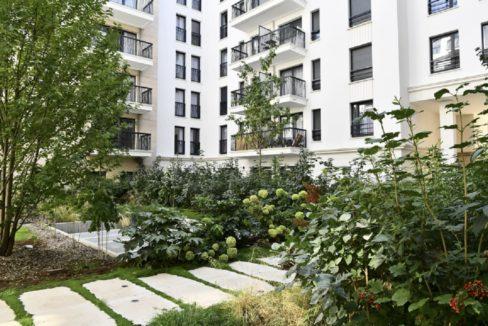 facade-residence-senior-suresnes-senioriales