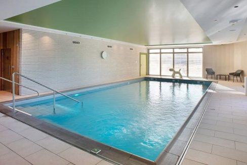 residence-senior-abbeville-piscine