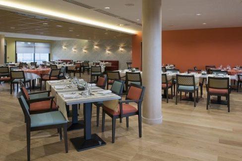 restaurant-residence-senior-bezannes-domitys