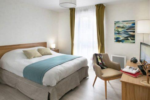 chambre-residence-senior-Puy-en- Velay-domitys