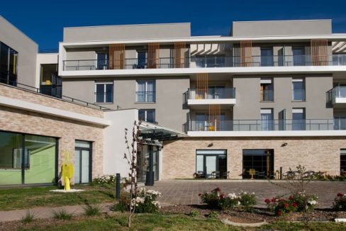 exterieur-residence-senior-Nevers