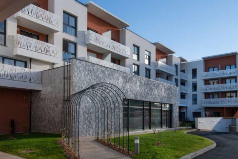 facade-residence-senior-domitys-combs-la-ville