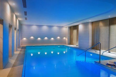 residence-senior-cergy-piscine