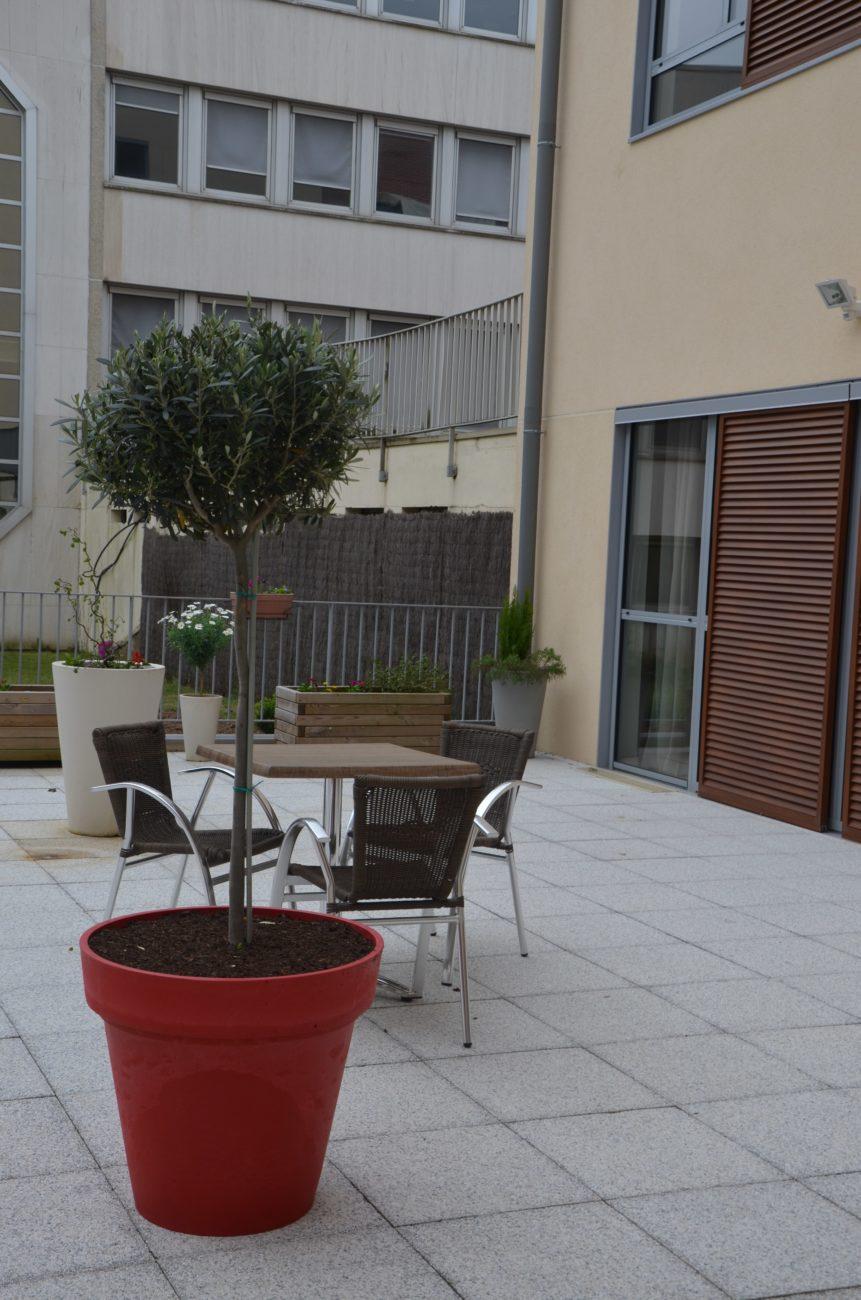 extérieur table et chaises