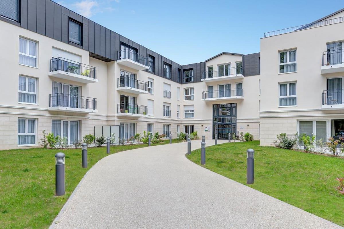 facade-residence-senior-montigny-girandieres