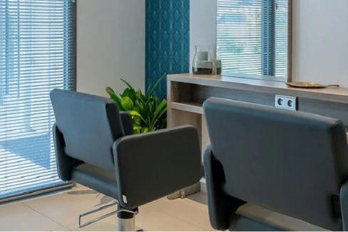 salon-de-coiffure-residence-senior-audenge-girandiere