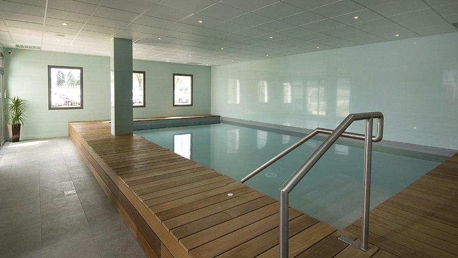 domitys-rumilly-les-deux-lacs-piscine