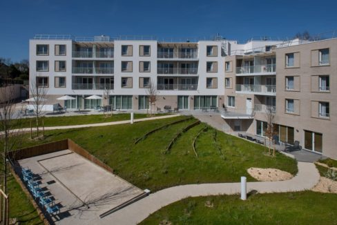 exterieur-residence-senior-quincy-sous-senart