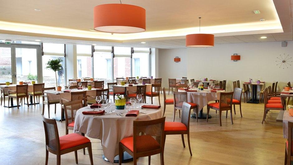 residence-seniors-cambrai-domitys-restaurant