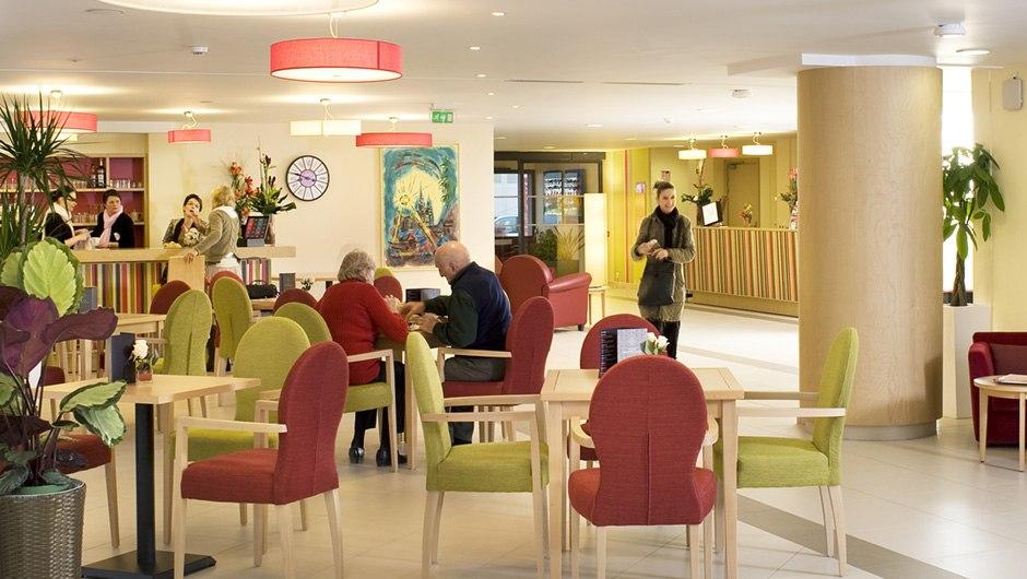 residence-seniors-chartres-domitys-salon