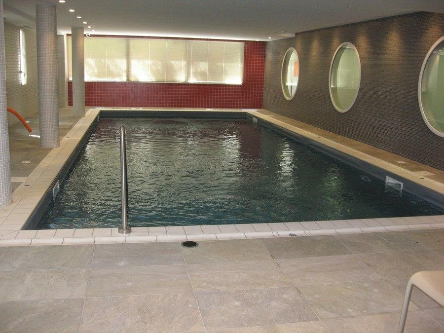 residence-seniors-chateauroux-domitys-piscine