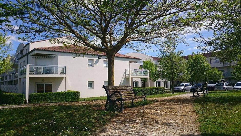 residence-seniors-les-gonds-domitys-la-seigneurie-ext1