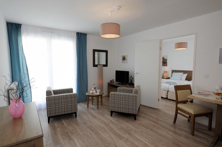 residence-seniors-meaux-la-girandiere-2