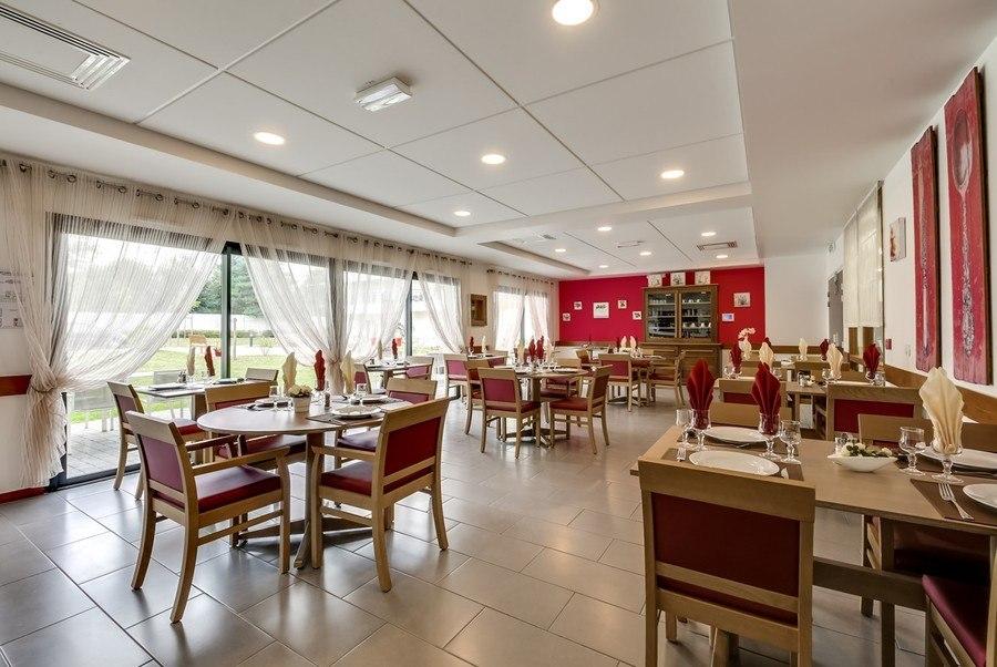 residence-seniors-olivet-la-girandiere-1