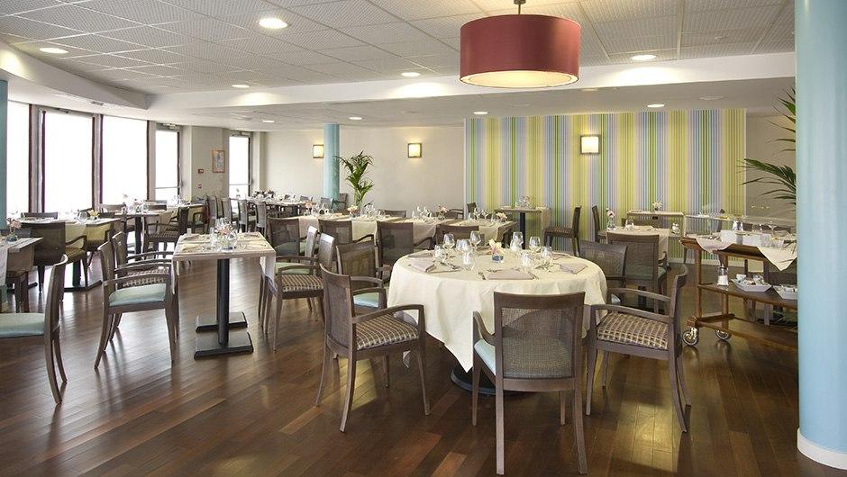 residence-seniors-orleans-domitys-restaurant