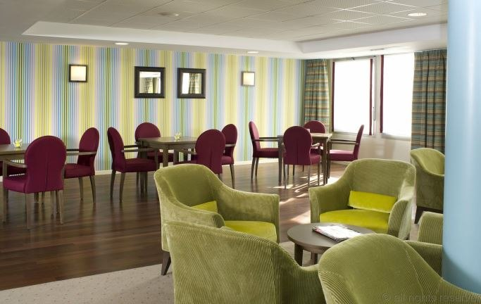 residence-seniors-orleans-domitys-salon