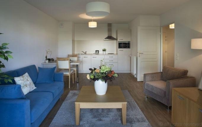 l 39 or e du bois r sidence services senior domitys 35. Black Bedroom Furniture Sets. Home Design Ideas