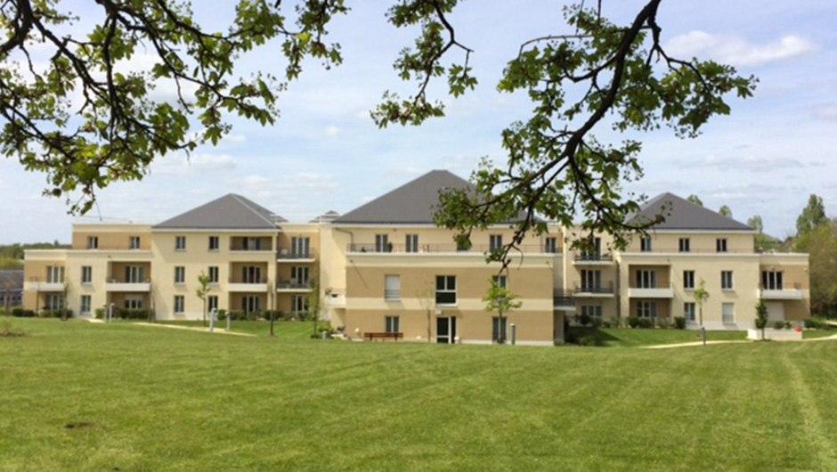 residence-seniors-saint-doulchard-domitys-arriere