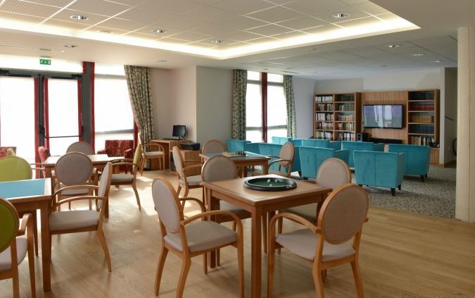 residence-seniors-saint-doulchard-domitys-salon