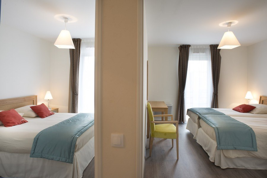 residence-seniors-tourlaville-domitys-chambre