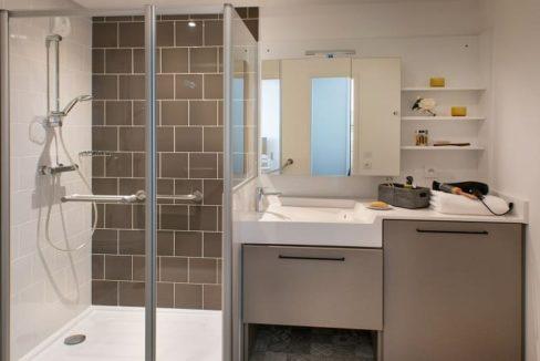 salle-de-bain-domitys-quincy-sous-senart