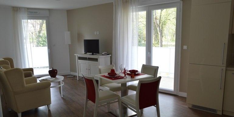residence-seniors-gradignan-douceur-de-france-5