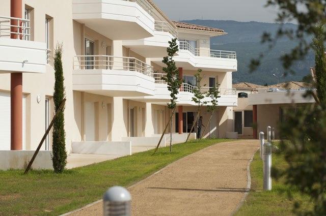 residence-seniors-grasse-la-Bastide-des-Vignes-3