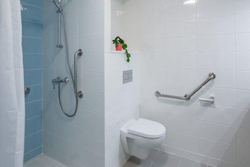 senioriales-saint-ave-salle-de-bain