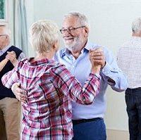 Activite-danse-seniors-harmonie-bruxelles-HP-600x399