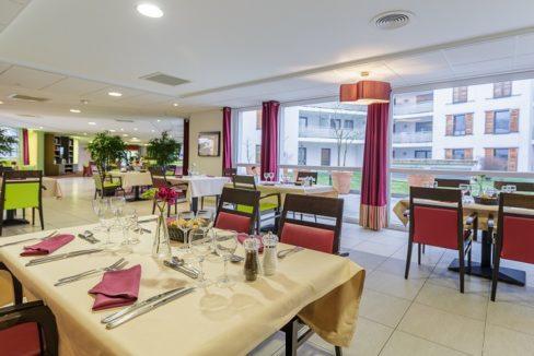 restaurant-residence-senior-essentielles-pourtales