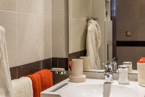 salle-de-bain-villa-sully-montreuil