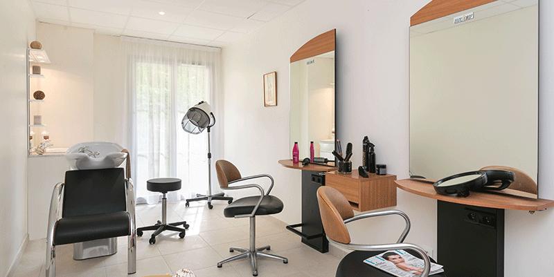 villa-medicis-autun-salon-de-coiffure