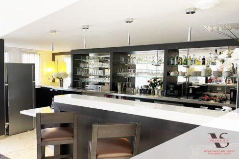 villa-sully-uzes-bar