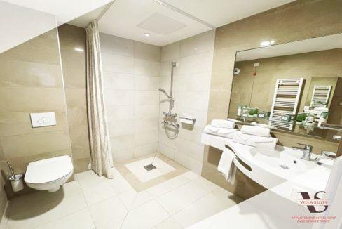 villa-sully-uzes-salle-de-bain