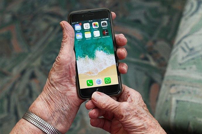 smartphone pour senior utilisation