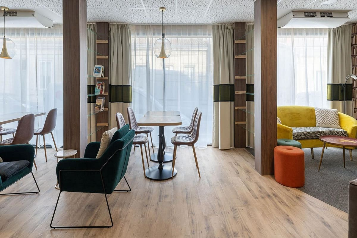 espace-commun-residence-senior-merignac-oveliaST