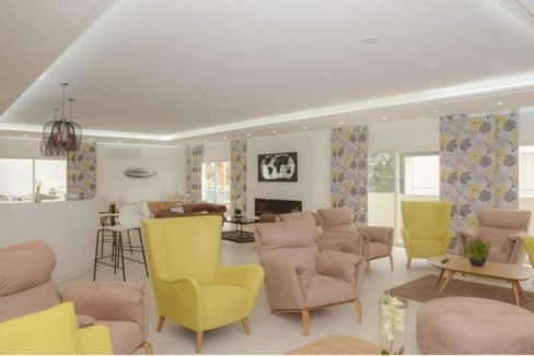 salon-commun-residence-senior-villa-alma