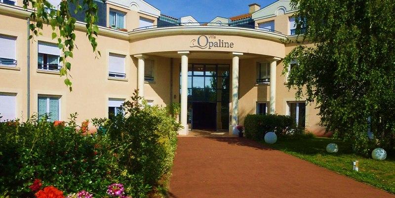 résidence-senior-villa-opaline-accueil-