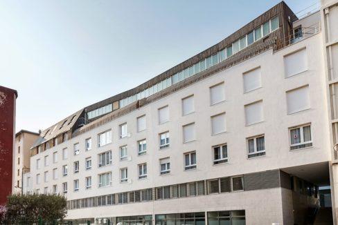 Facade-exterieur-residence-senior-colisee-marseille