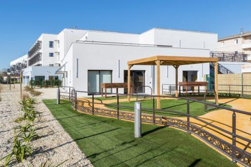 exterieur-residence-senior-colisee-les-dagueys