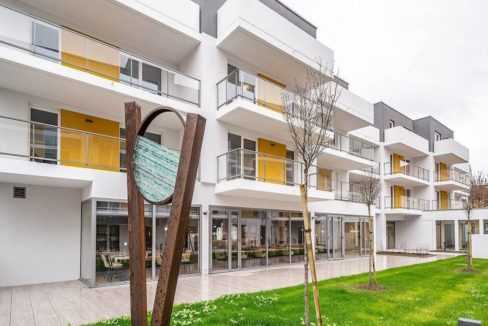 facade-exterieur-residence-senior-nancy-ovelia