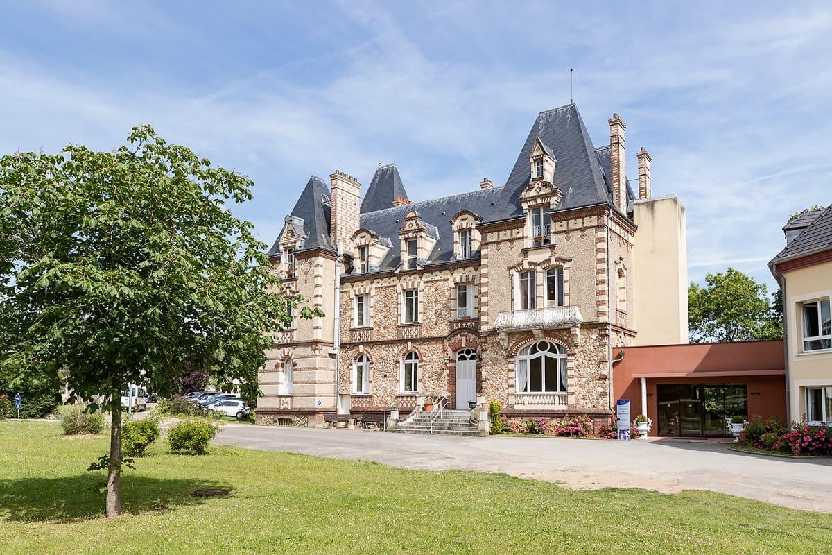 facade-residence-senior-colisee-saint-lubin-des-jonquerets