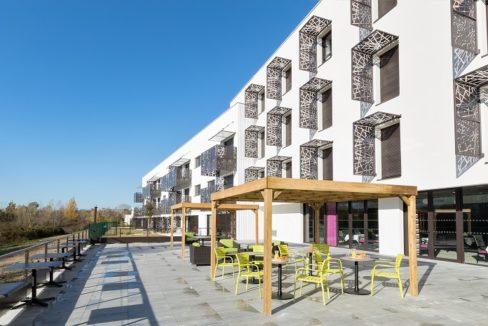 faceade2-residence-senior-colisee-les-dagueys