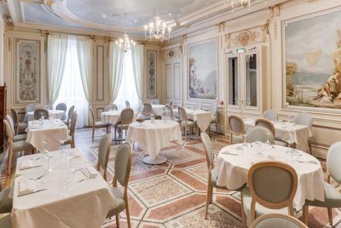 restaurant-residence-senior-tassin-ovelia