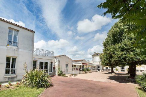 facade-residence-senior-colisee-trizay