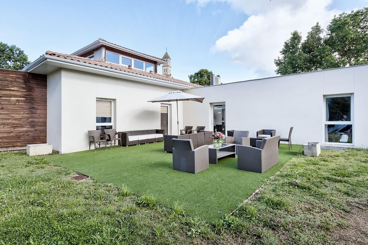 faceade-residence-senior-colisee-lege-cap-ferret