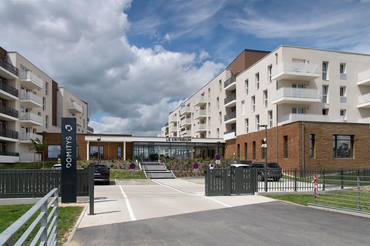 facade-exterieur-residence-senior-le-citerium-domitys