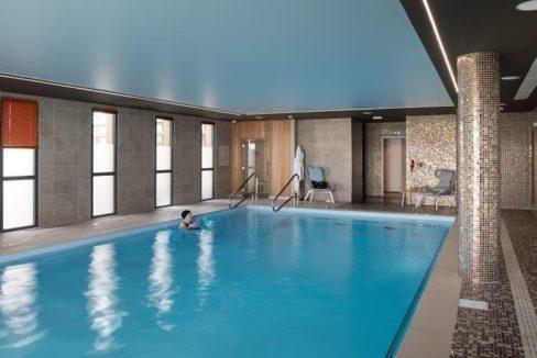 piscine-residence-senior-le-citerium-domitys