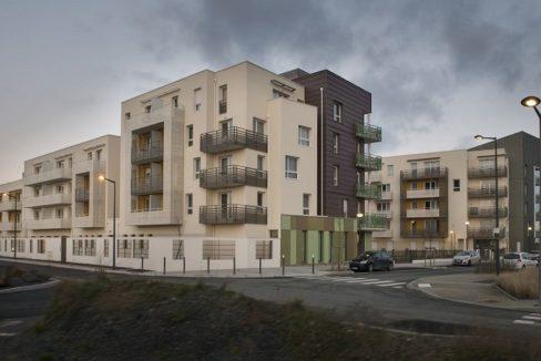 facade-exterieur-residence-senior-rosa-gallica-domitys