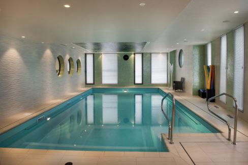 piscine-residence-senior-rosa-gallica-domitys